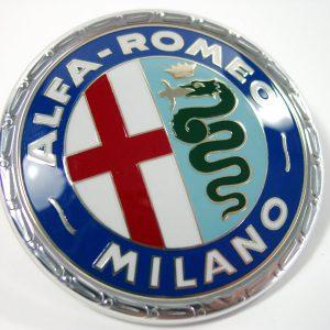 AR90002002 AR Emblem Kunststoff