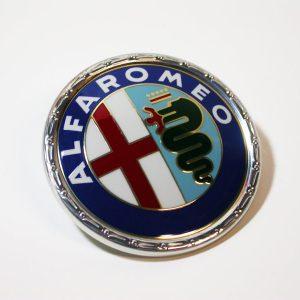 AR90002005 Emblem AlfaRomeo Kunstst 55mm